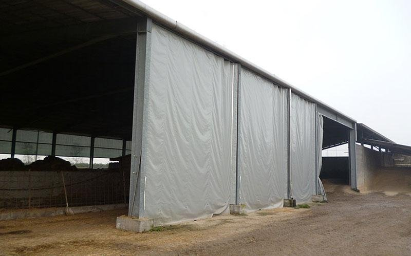 Fixed or sliding curtain walls