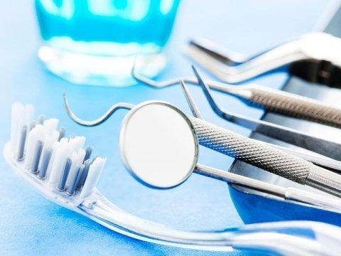 Sterilizzazione strumenti dentistici