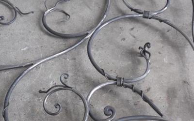 ringhiera ferro battuto