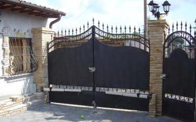 cancello in ferro carrabile