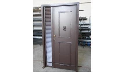 porta in ferro