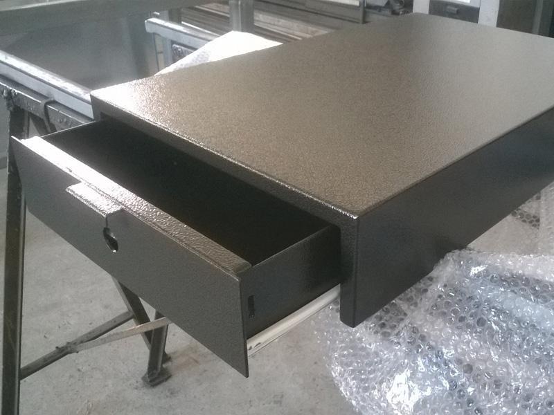cassetti in ferro