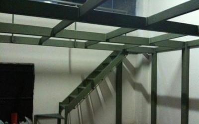 struttura in ferro per soppalco